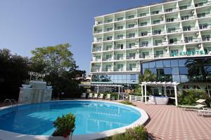 Hotel Grottammare piscina